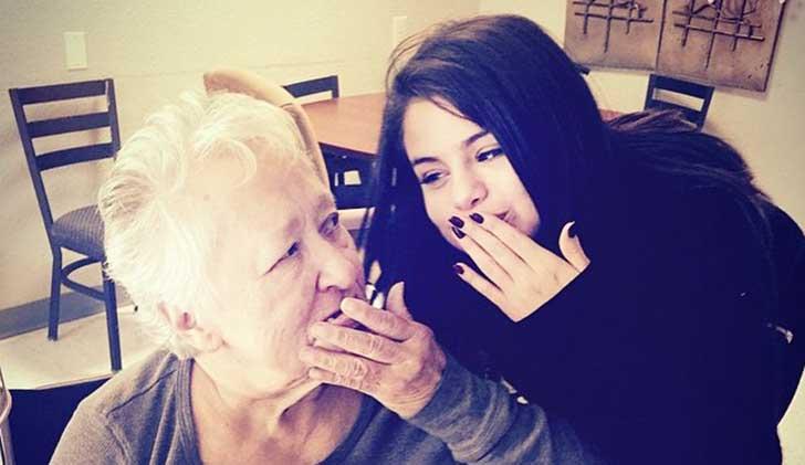 razones-para-amar-abuelas-son-las-mejores-selena-1