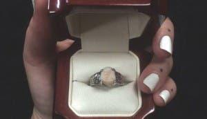 anillo-compromiso-muela-del-juicio-portada
