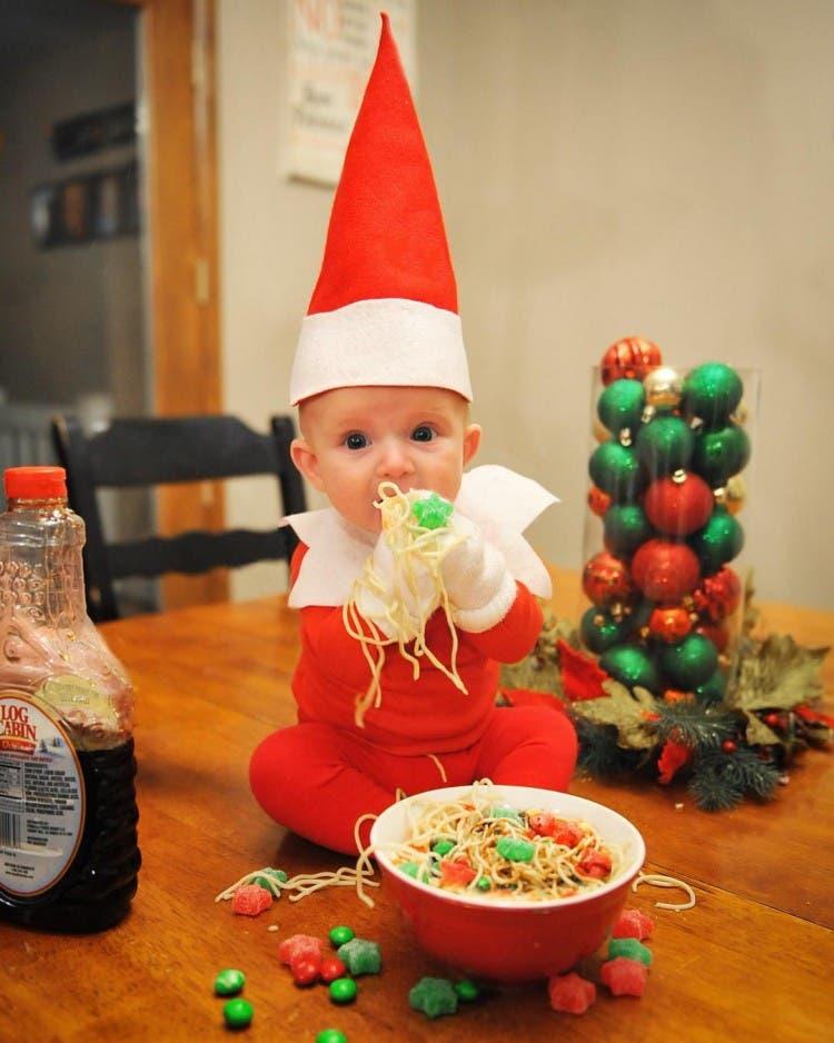 bebe-elfo-fotos-divertidas-con-su-papa6