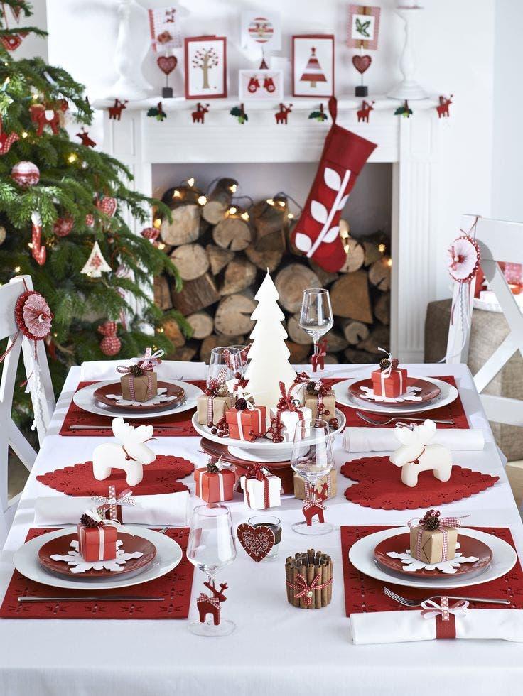 ¿Quieres decorar una bella mesa de Navidad? ¡Descubre las ideas más fáciles y económicas!