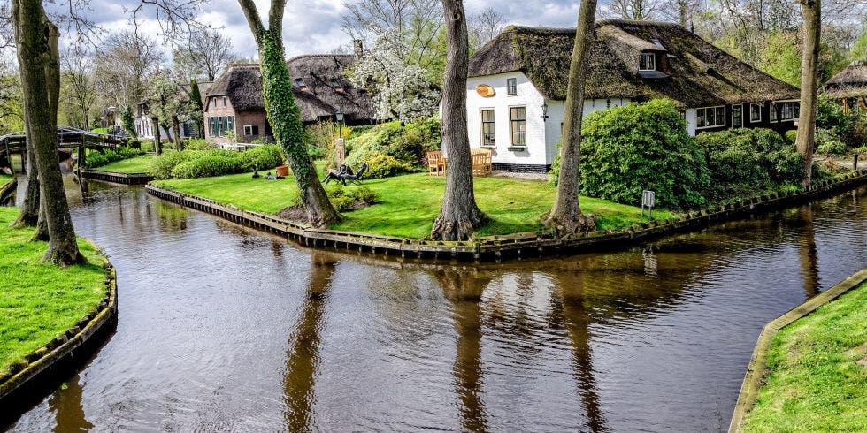 pueblo-holanda-calles-de-agua-13