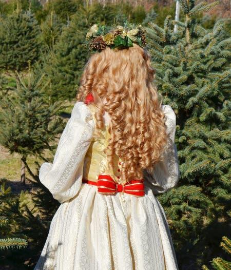 angela-diseñadora-vestidos-disney11