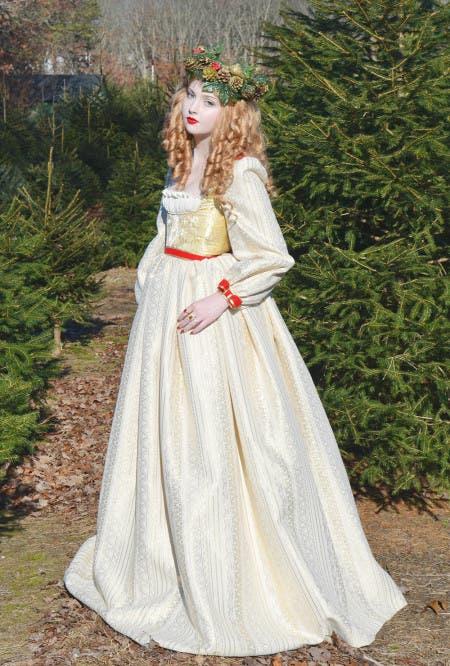 angela-diseñadora-vestidos-disney12