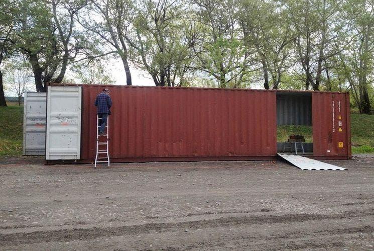 casa-de-contenedores-metalicos-1
