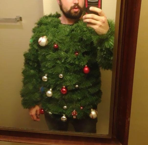 sweaters-extranos-de-navidad1