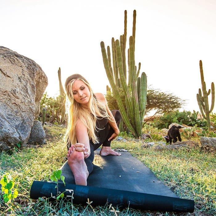 cabra del yoga 4
