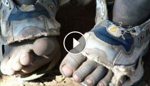 cinco-zapatos-en-uno-el-zapato-que-crece-increible9