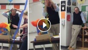 maestro-llora-cuando-le-cantan-cumpleaños