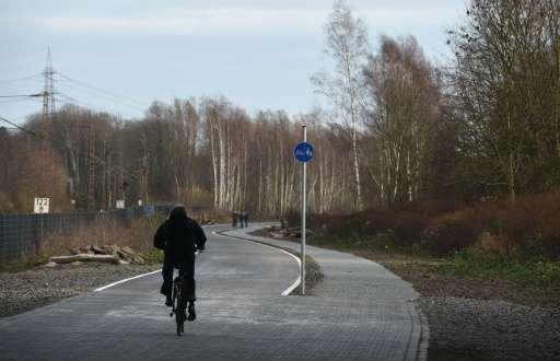 alemania-cambiara-las-autopistas-por-ciclovias-4