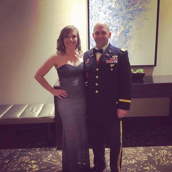 esposa-de-militar-factura-gratis1