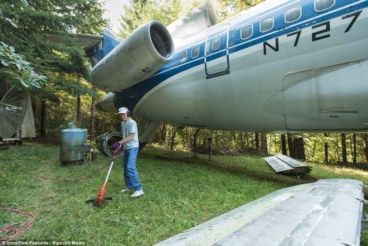 hombre vive en avión 1