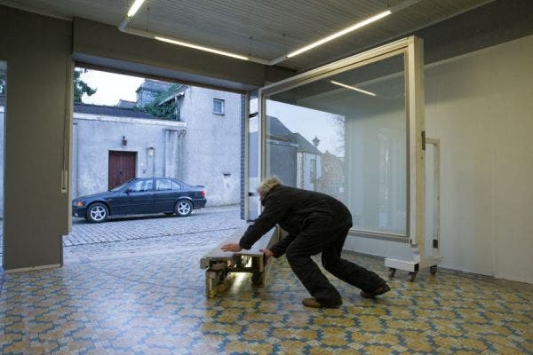 jubilado-ingenia-puerta-de-garaje8