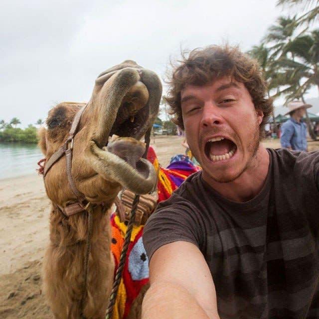 las-mejores-selfies-con-animales-8