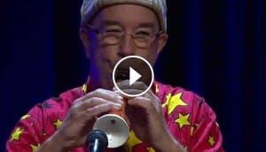 musico-autraliano-realiza-clarinete-con-zanahoria-asombroso