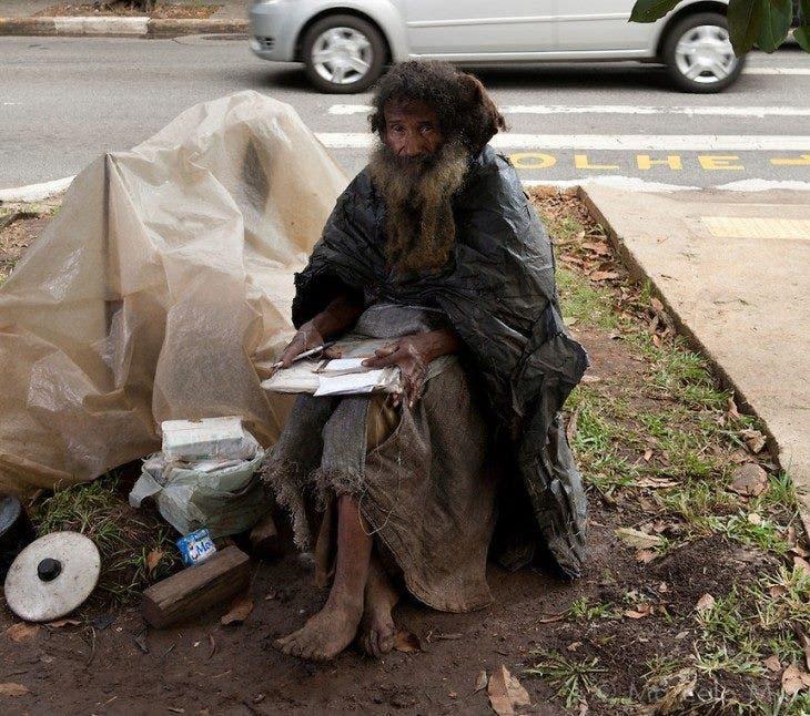 raimundo-poeta-sin-hogar-brasil-encuentra-sorpresa-3