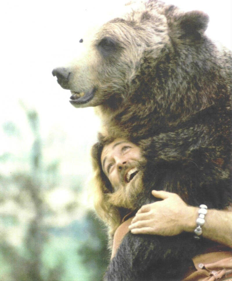 todo-lo-que-necesitas-son-abrazos-9