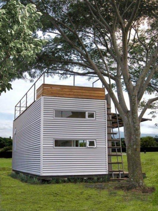 Pequeno-hogar-construido-con-un-contenedor-2