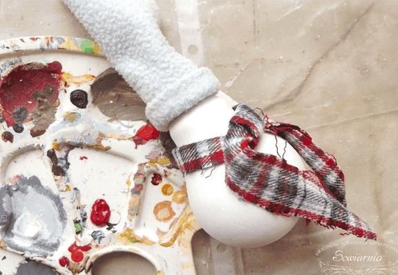 adornos-navidenos-con-focos-viejos-3