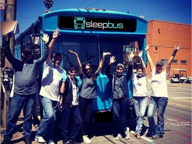 autobuses-reciclados-para-personas-sin-hogar2