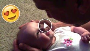 bebe-emociona-cuando-papa-canta2