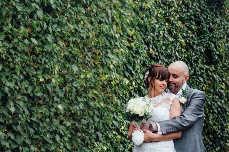 novia-se-rapa-el-pelo-antes-de-casarse2