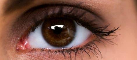 operacion-para-tener-los-ojos-azules7