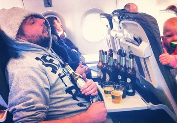 pasajeros molestos avion 12