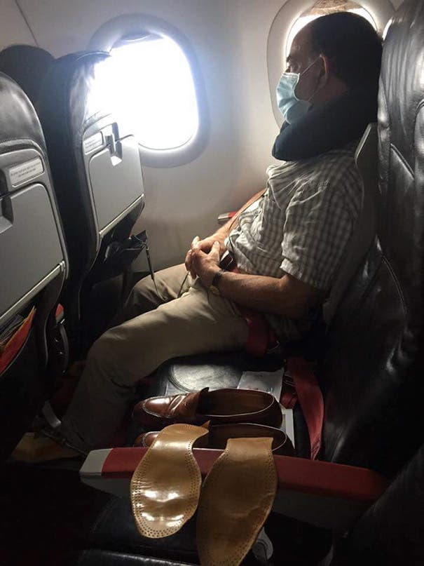 pasajeros molestos avion 15