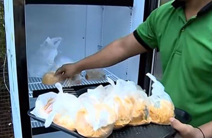 refrigerador para personas sin hogar 6