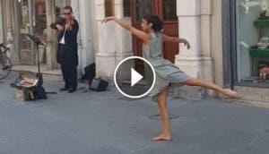 bailarina-junto-a-violinista-de-la-calle2