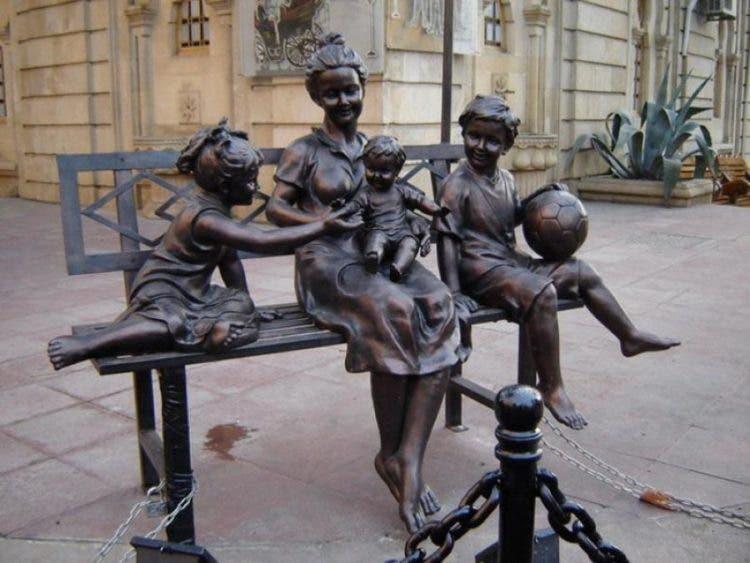 monumentos-familia-2
