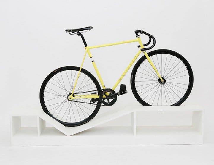 muebles-ahorradores-de-espacio-bicicleta4