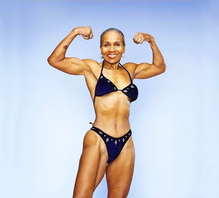 abuela-fisicoculturista-cumple-80-anos4