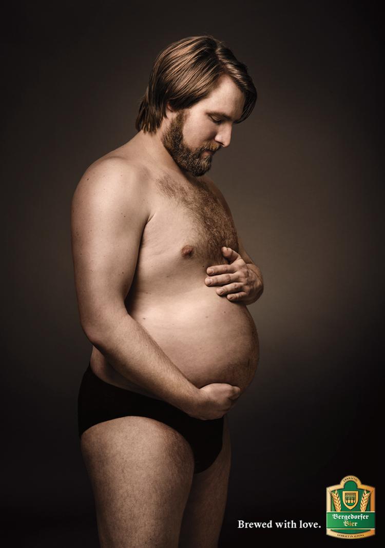 anuncio-de-cerveza-alemana-hombres-embarazados3