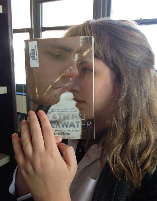 ilusion optica con libros 16