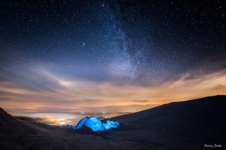 increibles-citas-en-las-montañas-eslovaquia-nieve-estrellas-enamorados-147