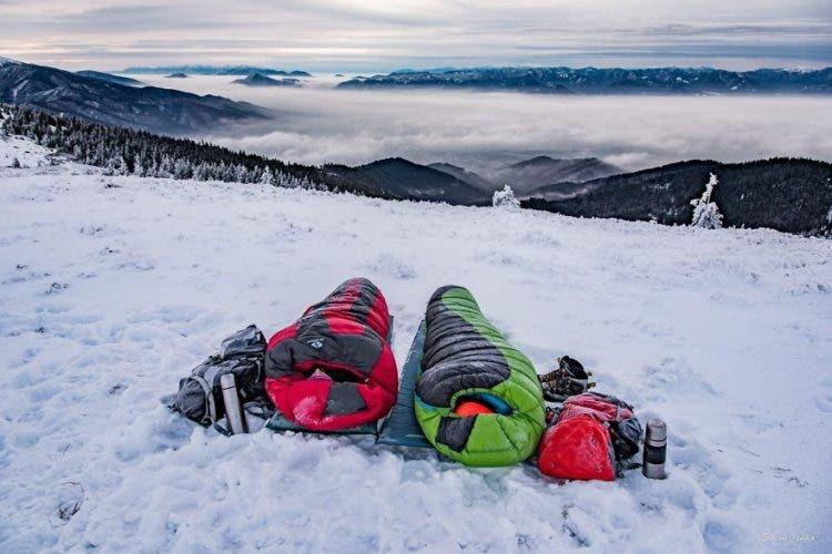 increibles-citas-en-las-montañas-eslovaquia-nieve-estrellas-enamorados-16