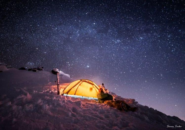 increibles-citas-en-las-montañas-eslovaquia-nieve-estrellas-enamorados-2