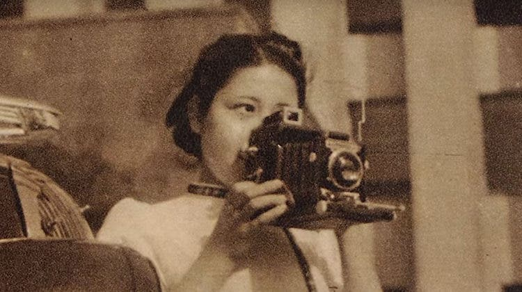 mujer-japonesa-fotoperiodista-1