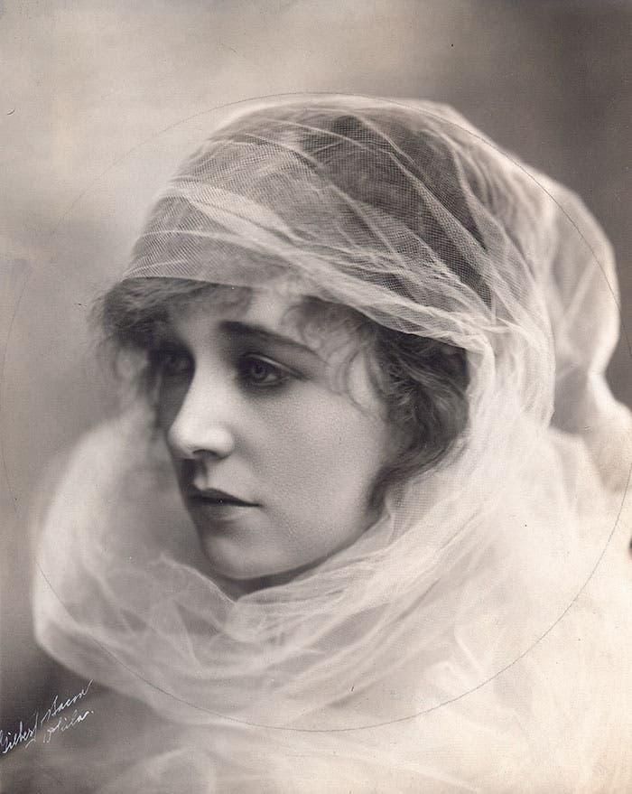 mujeres hermosas 1900 8