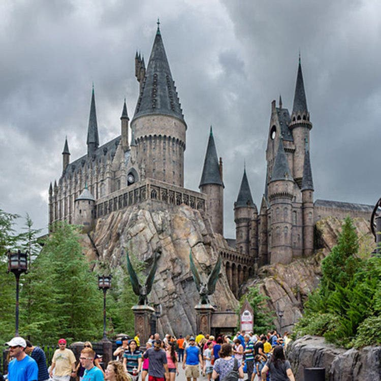 DHE36K Hogwarts Castle, Wizarding World of Harry Potter, Islands of Adventure, Universal Orlando Resort, Orlando, Central Florida, USA