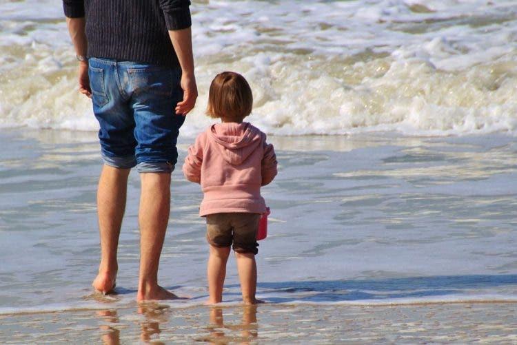 psicologos-recomiendan-dejar-aburrir-ninos-en-verano2