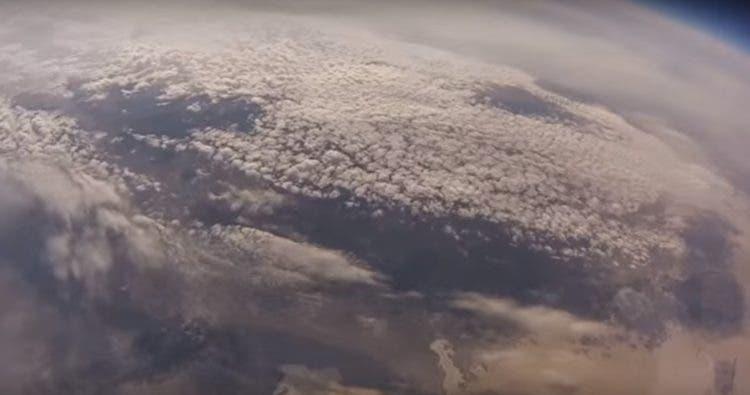 tierra-captada-desde-estratosfera-por-globo3