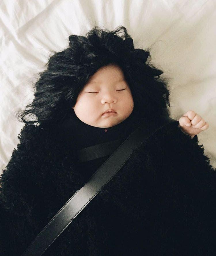 Bebe-que-duerme-cosplay 9