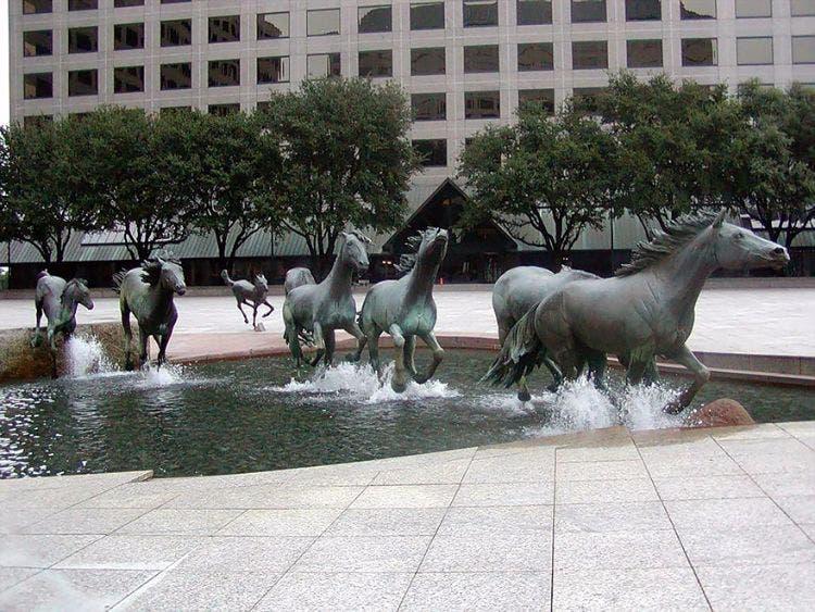 Esculturas-maravillosas-ciudades 2