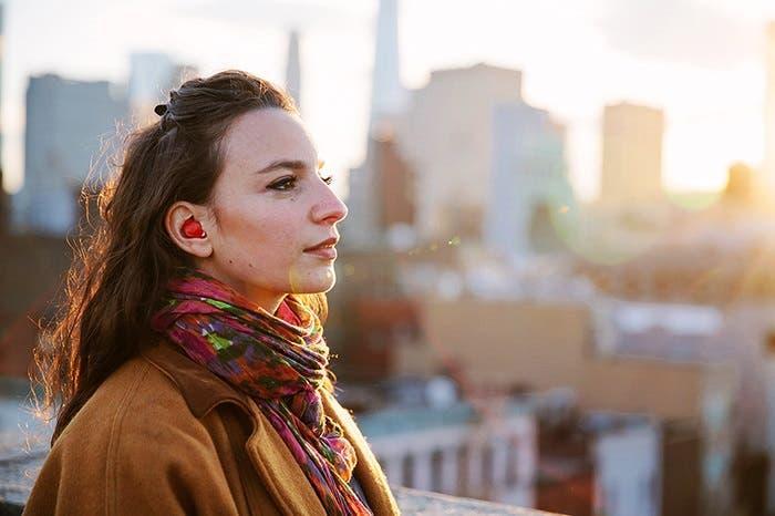 auriculares-traductores-en-tiempo-real1