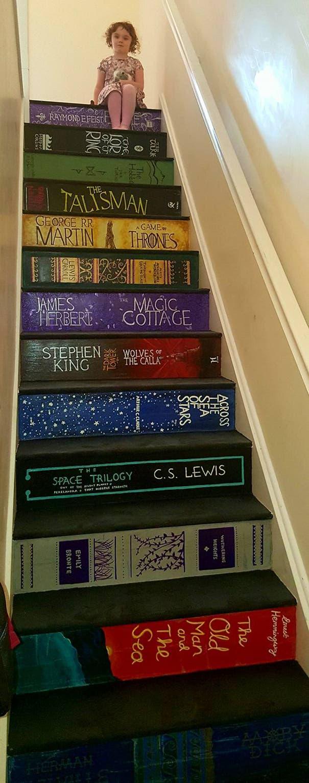 escalera con libros 1