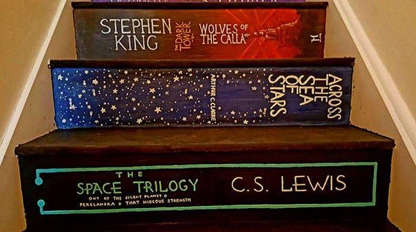 escalera con libros 7