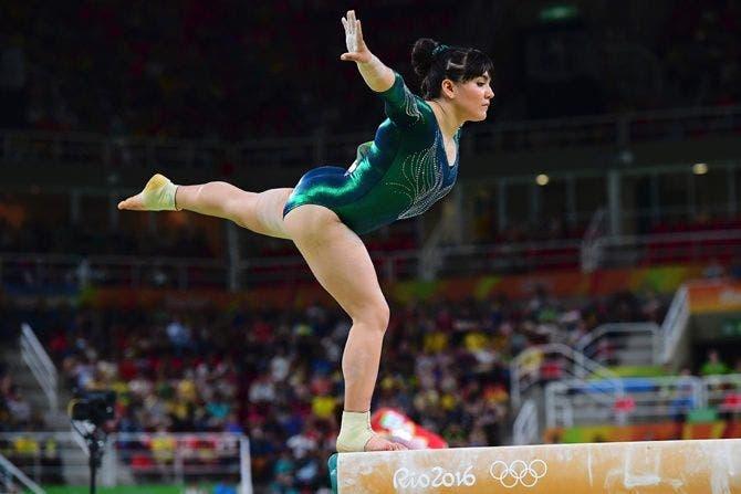 gimnasta-mexicana-criticada-por-sobrepeso4
