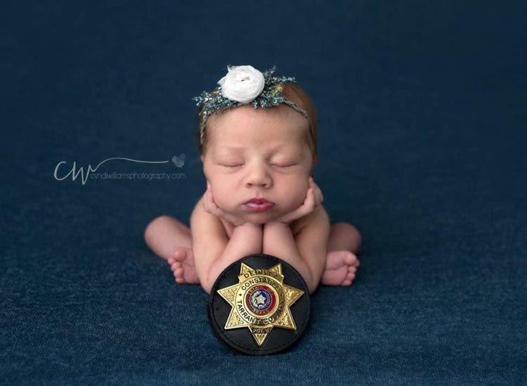 hermosas-fotos-bebe-policia-5